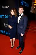 AMSTERDAM - In Pathé Tuschinski is de Nederlandse film 'Het Diner' in premiere gegaan. Met hier op de foto  Kim van Kooten met partner Jacob Derwig. FOTO LEVIN DEN BOER - PERSFOTO.NU