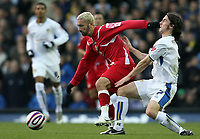 Photo: Paul Thomas/Sportsbeat Images.<br /> Leeds United v Swindon Town. Coca Cola League 1. 17/11/2007.<br /> <br /> David Prutton (R) of Leeds tries to stop Christian Roberts.