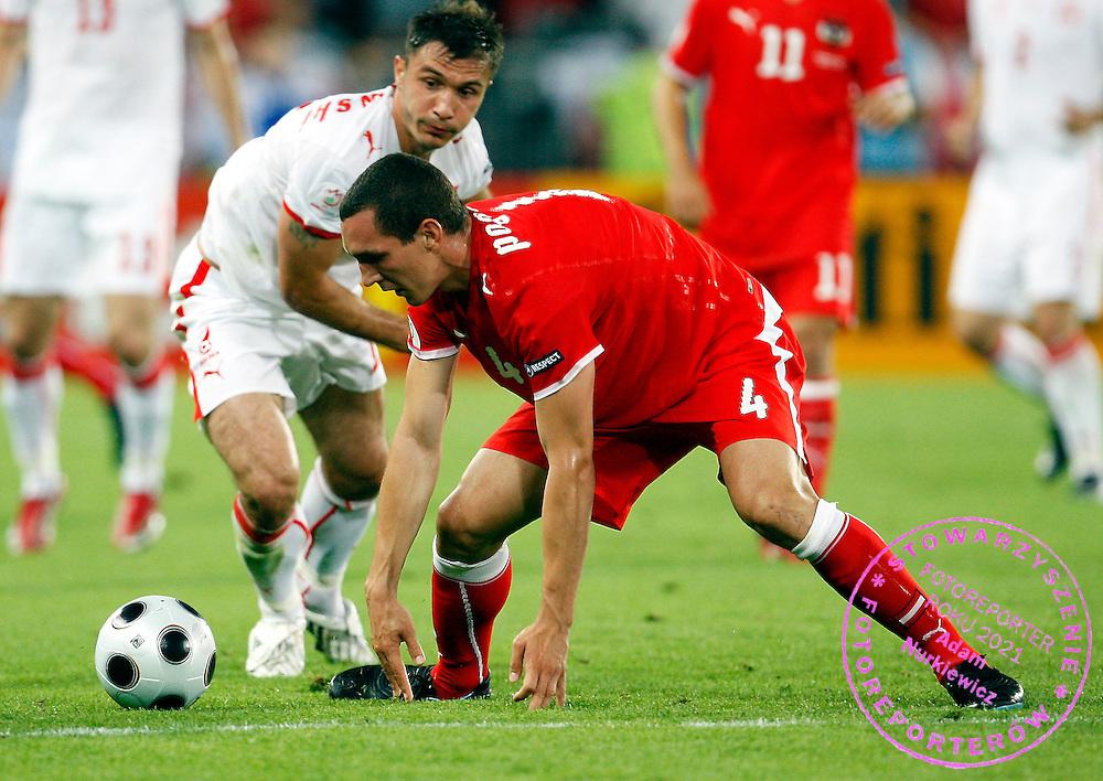 VIENNA 12/06/2008.Euro 2008 - Group B.AUSTRIA v POLAND.EMANUEL POGATETZ OF AUSTRIA AND MAREK SAGANOWSKI OF POLAND ..*****************.FOT. PIOTR HAWALEJ / WROFOTO