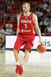 02.09.2014, City Arena, Bilbao, ESP, FIBA WM, Ukraine vs Türkei, im Bild Turkey's Sinan Guler // during FIBA Basketball World Cup Spain 2014 match between Ukraine and Turkey at the City Arena in Bilbao, Spain on 2014/09/02. EXPA Pictures © 2014, PhotoCredit: EXPA/ Alterphotos/ Acero<br /> <br /> *****ATTENTION - OUT of ESP, SUI*****