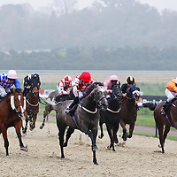 Boudoir and S Donohoe winning the 4.00 race