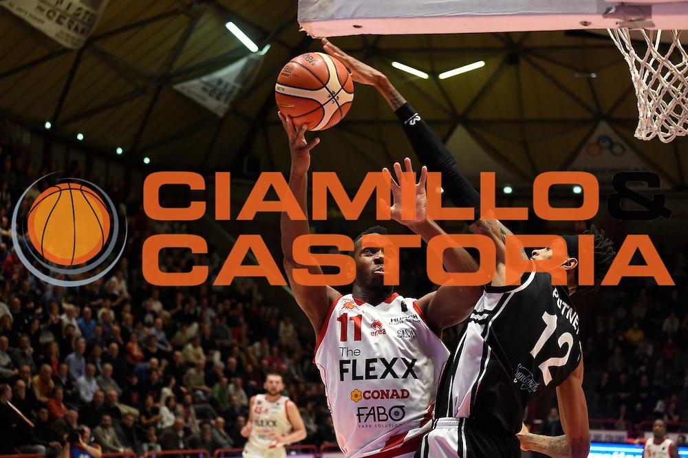 Lombardi Eric<br /> The Flexx Pistoia - Pasta Reggia Caserta<br /> BASKET SerieA 2016-2017<br /> Pistoia 13/02/2017 <br /> FOTO CIAMILLO