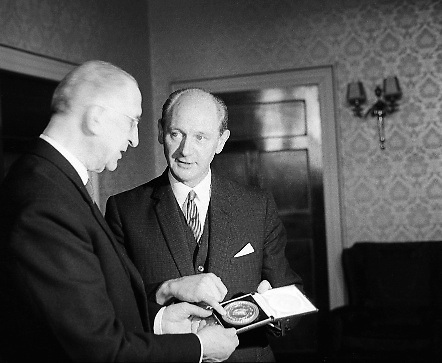 Jack Lynch receives his seal of office as the new Taoiseach from President de Valera.  .10.11.1966