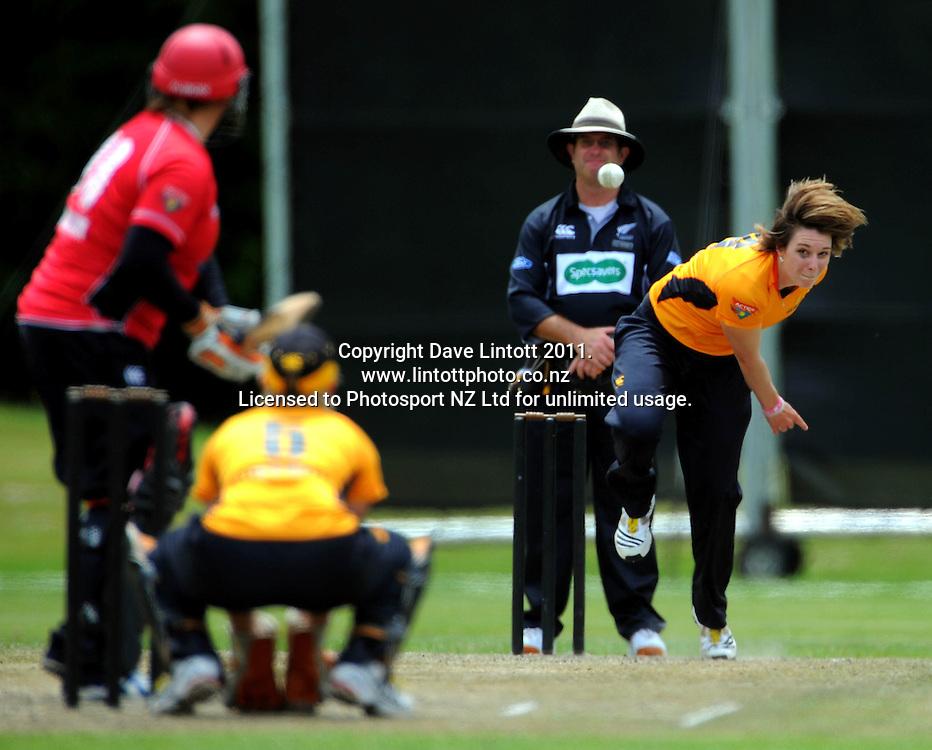 Blaze bowler Michelle Bunkall. Women's Twenty20 cricket - Wellington Blaze v Canterbury Magicians at Barton Oval, Upper Hutt, Wellington on Tuesday, 4 January 2011. Photo: Dave Lintott / photosport.co.nz