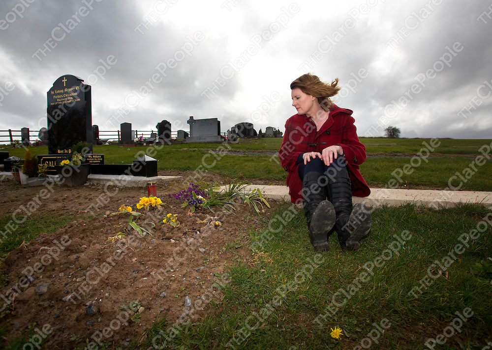 17.04.13<br /> Liz Canny, Quin Co. Clare pictured at grave of her baby daughter Eimear in Kildrum Cemetary.<br /> Pic. Alan Place / Press 22