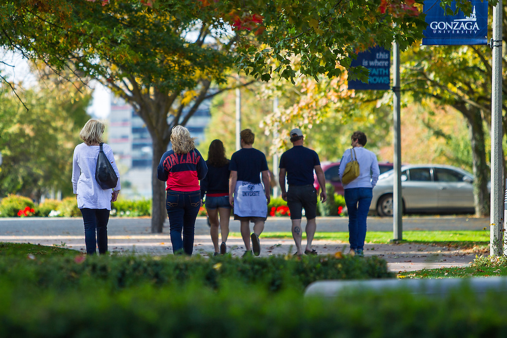 Families gather on campus to visit students during the 2015 Fall Family Weekend.