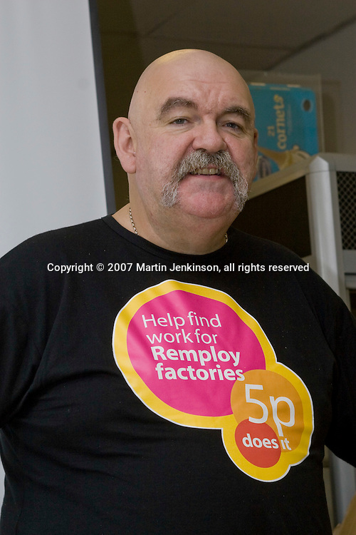 Les Woodward, National Convenor, speaking on the Remploy Crusade for Disabled Workers Jobs 2007...© Martin Jenkinson, tel 0114 258 6808 mobile 07831 189363 email martin@pressphotos.co.uk. Copyright Designs & Patents Act 1988, moral rights asserted credit required. No part of this photo to be stored, reproduced, manipulated or transmitted to third parties by any means without prior written permission