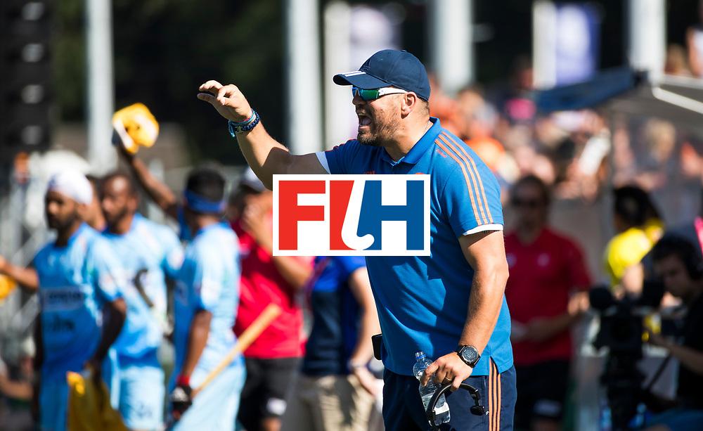BREDA - bondscoach Max Caldas (Ned)  tijdens Nederland- India (1-1) bij  de Hockey Champions Trophy. India plaatst zich voor de finale.    COPYRIGHT KOEN SUYK