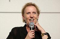 """22 AUG 2005, BERLIN/GERMANY:<br /> Christina Weiss, SPD, Staatsministerin fuer Kultur und Medien, waehrend einer Diskussion zum Thema """"7 Jahre rot-gruene Kulturpolitik"""", Palais der Kulturbrauerei<br /> IMAGE: 20050822-03-062"""