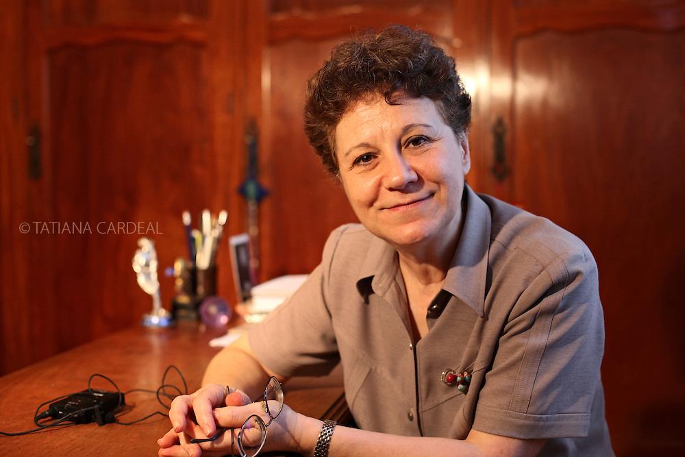 Lia Diskin portrait at Palas Athena Association Office.