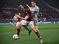 FUSSBALL CHAMPIONS LEAGUE  SAISON 2015/2016 ACHTELFINAL HINSPIEL AS Rom - Real Madrid                 17.02.2016 Cristiano Ronaldo (re, Real Madrid) gegen Kostas Manolas (AS Rom)