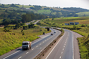 Pouso Alegre_MG, Brasil...Vista panoramica do BR-381, Rodovia Fernao Dias, em Pouso Alegre...The panoramic view of BR-381, Fernao Dias highway, in Pouso Alegre...Foto: LEO DRUMOND / NITRO.....