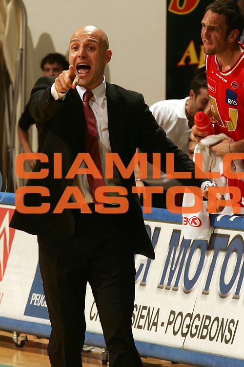 DESCRIZIONE : Siena Lega A1 2006-07 Montepaschi Siena Armani Jeans Milano <br /> GIOCATORE : Djordjevic <br /> SQUADRA : Armani Jeans Milano <br /> EVENTO : Campionato Lega A1 2006-2007 <br /> GARA : Montepaschi Siena Armani Jeans Milano <br /> DATA : 25/04/2007 <br /> CATEGORIA : Ritratto <br /> SPORT : Pallacanestro <br /> AUTORE : Agenzia Ciamillo-Castoria/P.Lazzeroni