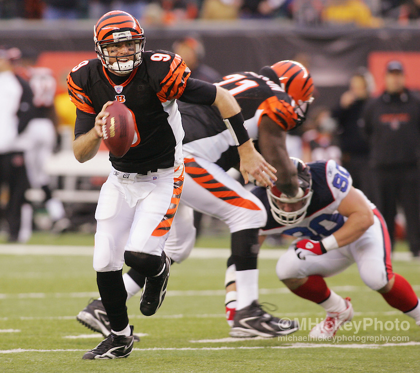Cincinnati Bengals quarterback Carson Palmer scrambles out of the pocket during action against the Buffalo Bills on Dec 24, 2005. The Bills defeated the Bengals 37-27.
