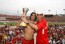 Fernandão, Clemer e a equipe do Internacional, campeã do mundial interclubes da FIFA comemora com a sua torcida em Porto Alegre. FOTO: Jefferson Bernardes/Preview.com
