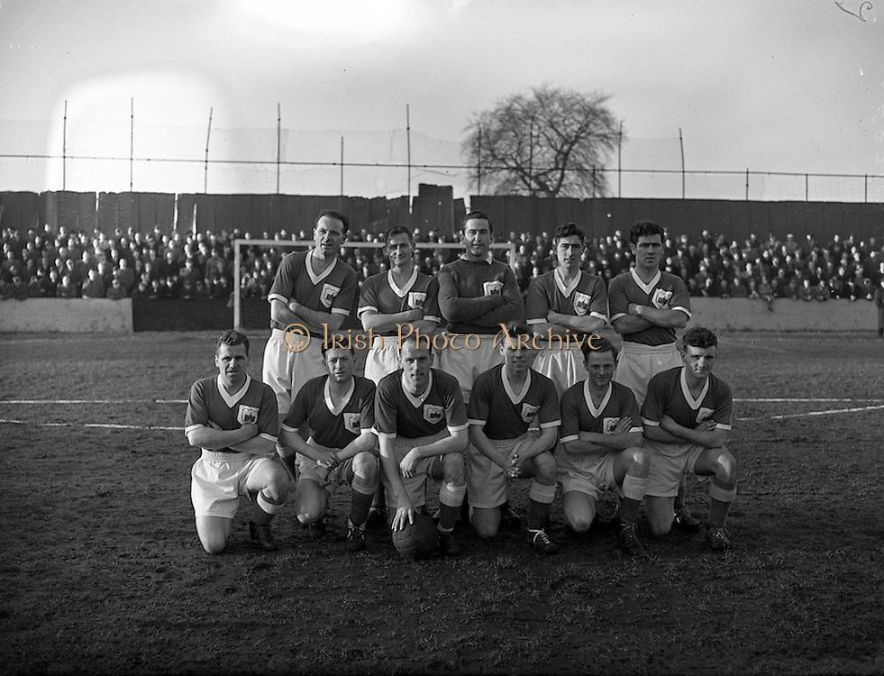 12/01/1952<br /> 01/12/1958<br /> 12 January 1958<br /> League of Ireland: Drumcondra  v Limerick at Tolka Park, Dublin. The Limerick team.
