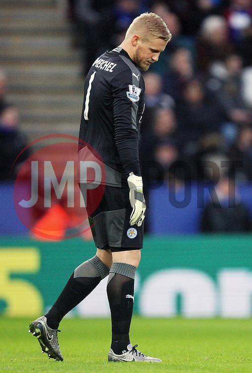 Kasper Schmeichel of Leicester City - Mandatory byline: Jack Phillips/JMP - 23/01/2016 - FOOTBALL - King Power Stadium - Leicester, England - Leicester City v Stoke City - Barclays Premier League
