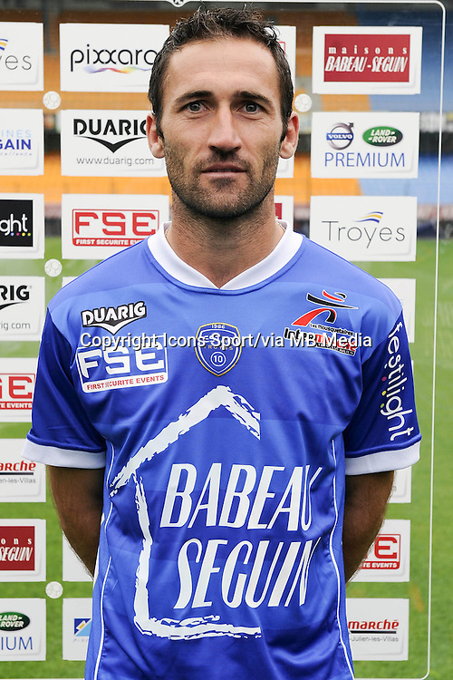 Florian JARJAT - 11.09.2013 - Photo Officielle - Troyes<br /> Photo : Icon Sport