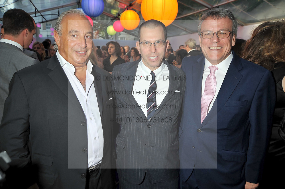 Left to right, SIR PHILIP GREEN, JONATHAN NEWHOUSE and    at the 2009 Glamour Magazine Awards held in Berkeley Square, London on 2nd June 2009.