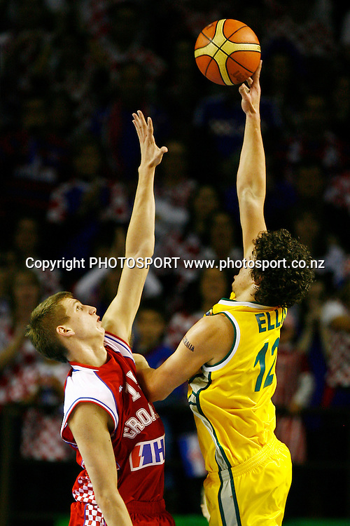 Australia's Cody Ellis shoots over Croatia's Tomislav Zubcic. U19 Basketball World Championship, 3rd and 4th place game, Australia v Croatia, North Shore Events Centre, Auckland. 12 July 2009. Photo: Anthony Au-Yeung/PHOTOSPORT