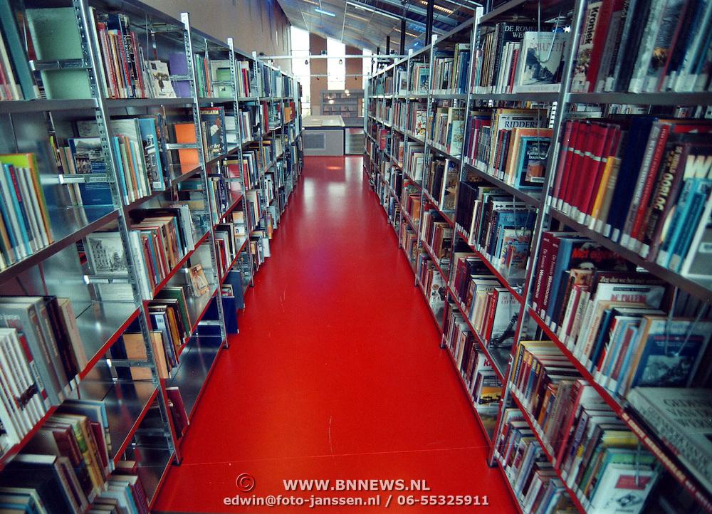 Nieuwe bibliotheek raaf Wichman Huizen int.
