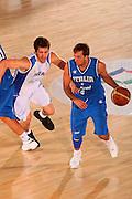DESCRIZIONE : Bormio Torneo Internazionale Maschile Diego Gianatti Italia Israele <br /> GIOCATORE : Daniele Cavaliero <br /> SQUADRA : Nazionale Italia Uomini Italy <br /> EVENTO : Raduno Collegiale Nazionale Maschile <br /> GARA : Italia Israele Italy Israel <br /> DATA : 01/08/2008 <br /> CATEGORIA : Palleggio <br /> SPORT : Pallacanestro <br /> AUTORE : Agenzia Ciamillo-Castoria/S.Silvestri <br /> Galleria : Fip Nazionali 2008 <br /> Fotonotizia : Bormio Torneo Internazionale Maschile Diego Gianatti Italia Israele <br /> Predefinita :