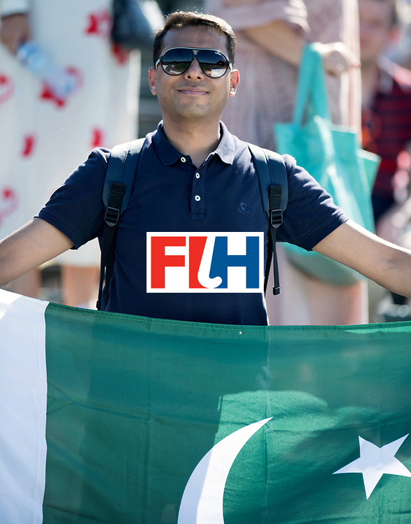 BREDA - Rabobank Hockey Champions Trophy<br /> Belgium - Pakistan<br /> Photo: Pakistani.<br /> COPYRIGHT WORLDSPORTPICS FRANK UIJLENBROEK