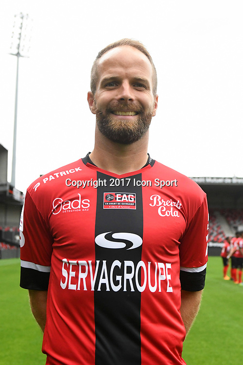Etienne Didot during photocall of En Avant Guingamp for new season 2017/2018 on September 7, 2017 in Guingamp, France. (Photo by Philippe Le Brech/Icon Sport)