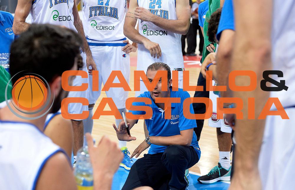 DESCRIZIONE : Skopje Nazionale Italia Uomini Torneo internazionale Italia Montenegro Italy Montenegro<br /> GIOCATORE : Simone Pianigiani<br /> CATEGORIA : allenatore coach<br /> SQUADRA : Italia Italy<br /> EVENTO : Torneo Internazionale Skopje<br /> GARA : Italia Montenegro Italy Montenegro<br /> DATA : 25/07/2014<br /> SPORT : Pallacanestro<br /> AUTORE : Agenzia Ciamillo-Castoria/R.Morgano<br /> Galleria : FIP Nazionali 2014<br /> Fotonotizia : Skopje Nazionale Italia Uomini Torneo internazionale Italia Montenegro Italy Montenegro
