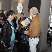NLD/Amsterdam/20080904 - Presentatie DVDbox tvserie Mata Hari, Josine van Dalsum overmand door verdriet