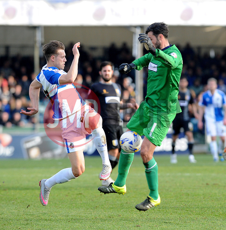 Billy Bodin of Bristol Rovers challenges Scott Shearer of Mansfield Town - Mandatory byline: Neil Brookman/JMP - 12/03/2016 - FOOTBALL - Memorial Stadium - Bristol, England - Bristol Rovers v Mansfield Town - Sky Bet League Two