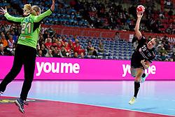 30-11-2019 JAP: Netherlands - Slovenia, Kumamoto<br /> First day 24th IHF Womenís Handball World Championship, Netherlands lost the first match against Slovenia with 26 - 32. / Merel Freriks #19 of Netherlands, Amra Pandzic #21 of Slovenia