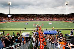 THE HAGUE - Rabobank Hockey World Cup 2014 - 2014-06-10 - MEN - NEW ZEALAND - THE NETHERLANDS -  spelers betreden het veld.<br /> Copyright: Willem Vernes