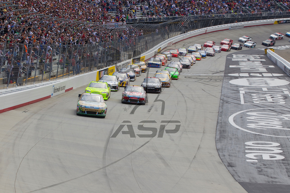 BRISTOL, TN - MAR 20, 2011:  The NASCAR Sprint Cup Series teams take the green flag for the Jeff Byrd 500 race at the Bristol Motor Speedway in Bristol, TN.