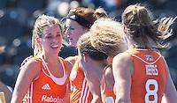 LONDEN -  Vreugde bij oa Ellen Hoog (l) na een doelpunt  tijdens de wedstrijd tussen de dames van Nederland en Polen bij  het Europees Kampioenschap hockey in Londen. ANP KOEN SUYK