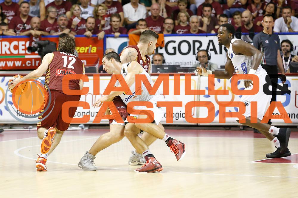 Aaron Craft, Ariel Filloy<br /> Umana Reyer Venezia - Dolomiti Energia Aquila Basket Trento<br /> Lega Basket Serie A 2016/17 Finali Gara 02<br /> Venezia, 12/06/2017<br /> Foto Ciamillo-Castoria / M. Brondi