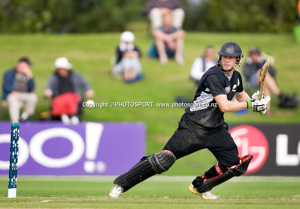 New Zealand batsman Harry Boam during his innings of 85 not out. New Zealand v Sri Lanka, U19 Cricket World Cup group stage match, Village Green, QEII, Christchurch, Wednesday 20 January 2010. Photo : Joseph Johnson/PHOTOSPORT