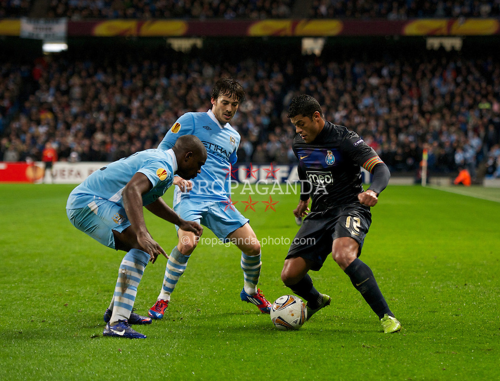 MANCHESTER, ENGLAND - Wednesday, February 22, 2012: FC Porto's Hulk in action against Manchester City during the UEFA Europa League Round of 32 2nd Leg match at City of Manchester Stadium. (Pic by David Rawcliffe/Propaganda)