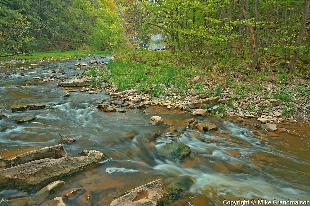 Twenty Mile Creek and Ball's Falls upstream.  Golden Horseshoe. Niagara Peninsula.<br />Ball's Falls Conservation Area<br />Ontario<br />Canada