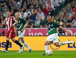 11.09.2010, Allianz Arena, München, GER, 1. FBL, FC Bayern München vs Werder Bremen, im Bild Mikael Silvestre, (Werder Bremen, #16), EXPA Pictures © 2010, PhotoCredit: EXPA/ J. Feichter