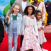 NLD/Amsterdam/20190814 - Premiere Angry Birds 2, Edsilia Rombley met partner Geert Oosterhuis en hun dochters Imaani Oosterhuis