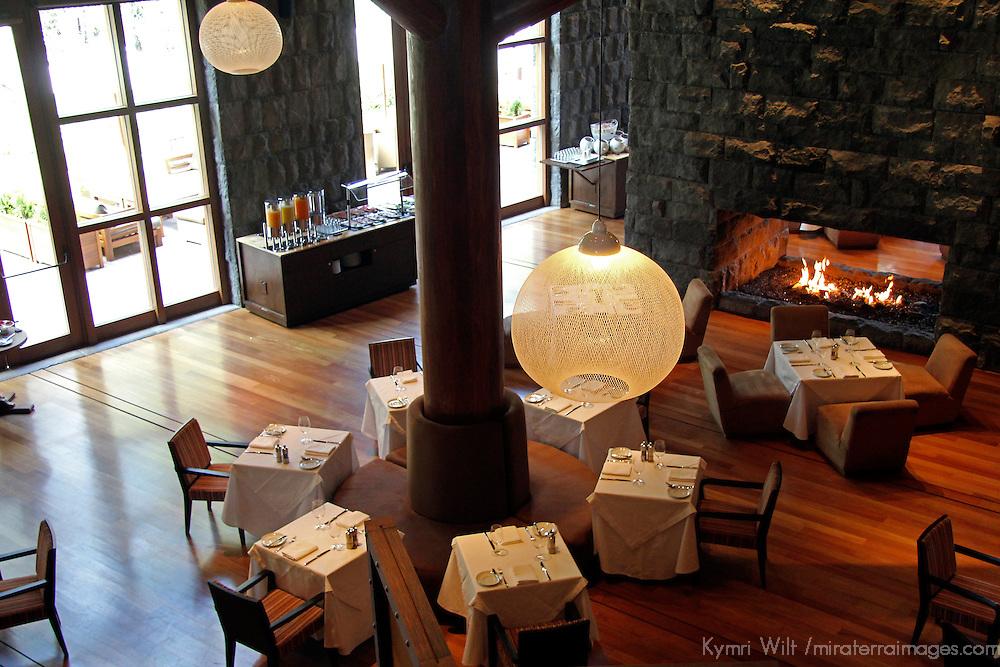 South America, Peru, Urubamba. Hawa Dining Room at Tambo del Inka Resort & Spa in the Sacred Valley.