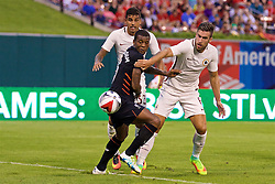 ST. LOUIS, USA - Monday, August 1, 2016: Liverpool's Georginio Wijnaldum in action against AS Roma during a pre-season friendly game on day twelve of the club's USA Pre-season Tour at the Busch Stadium. (Pic by David Rawcliffe/Propaganda)