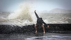 Auckland-King tides lash Tamaki Drive