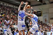 DESCRIZIONE : Campionato 2014/15 Dinamo Banco di Sardegna Sassari - Virtus Granarolo Bologna<br /> GIOCATORE : Allan Ray<br /> CATEGORIA : Passaggio Penetrazione<br /> SQUADRA : Virtus Granarolo Bologna<br /> EVENTO : LegaBasket Serie A Beko 2014/2015<br /> GARA : Dinamo Banco di Sardegna Sassari - Virtus Granarolo Bologna<br /> DATA : 12/10/2014<br /> SPORT : Pallacanestro <br /> AUTORE : Agenzia Ciamillo-Castoria / Luigi Canu<br /> Galleria : LegaBasket Serie A Beko 2014/2015<br /> Fotonotizia : Campionato 2014/15 Dinamo Banco di Sardegna Sassari - Virtus Granarolo Bologna<br /> Predefinita :