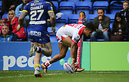 Regan Grace of St Helens scores the try against Warrington Wolves during the Betfred Super League Super 8s match at the Halliwell Jones Stadium, Warrington<br /> Picture by Stephen Gaunt/Focus Images Ltd +447904 833202<br /> 22/09/2018
