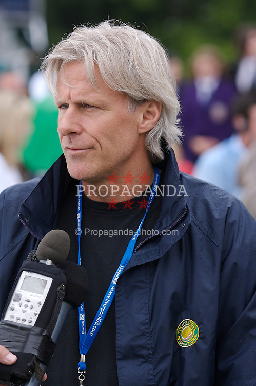 Liverpool, England - Wednesday, June 13, 2007: Bjorn Borg on a rainy and wet centre court  at Calderstones during action on day two of the Liverpool International Tennis Tournament. Bjorn was scheduled to play his first match on grass since 1981 but was forced to withdraw after a dog bit his leg. For more information visit www.liverpooltennis.co.uk. (Pic by David Rawcliffe/Propaganda)