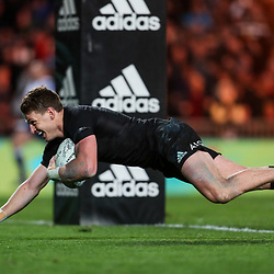 Beauden Barrett scores one of his four tries during the Bledisloe Cup and Rugby Championship rugby match between the New Zealand All Blacks and Australia Wallabies at Eden Park in Auckland, New Zealand on Saturday, 25 August 2018. Photo: Simon Watts / lintottphoto.co.nz