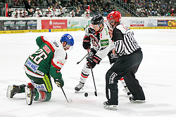12.12.2014, Curt Fenzel Stadion, Augsburg, GER, DEL, Augsburger Panther vs Koelner Haie, 26. Runde, im Bild l-r: Bully, Greg Moore #26 (Augsburger Panther) und Philip Gogulla #87 (Koelner Haie) // during Germans DEL Icehockey League 26th round match between Augsburger Panther vs Koelner Haie at the Curt Fenzel Stadion in Augsburg, Germany on 2014/12/12. EXPA Pictures © 2014, PhotoCredit: EXPA/ Eibner-Pressefoto/ Kolbert<br /> <br /> *****ATTENTION - OUT of GER*****