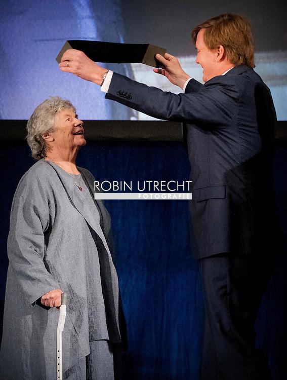 8-12-2016 AMSTERDAM - King Willem Alexander and Queen Maxima and princess Beatrix , Patron of the Foundation, has, Thursday December 8, 2016 presented at the Royal Palace in Amsterdam, the Erasmus Prize from the British writer A.S. Byatt. The prize this year has the theme 'Life Writing' includes a hot topic within the literature, biographies, autobiographies and historical novels. COPYRIGHT ROBIN UTRECHT<br /> <br /> 8-12-2016 AMSTERDAM - Koning Willem Alexander en koningin Maxima , Regent van de Stichting Praemium Erasmianum, reikt donderdagmiddag 8 december 2016 in het Koninklijk Paleis Amsterdam de Erasmusprijs uit aan de Britse schrijfster A.S. Byatt. De Erasmusprijs heeft dit jaar als thema 'Life Writing', een actueel onderwerp binnen de literatuur dat biografieën, autobiografieën en historische romans omvat. COPYRIGHT ROBIN UTRECHT